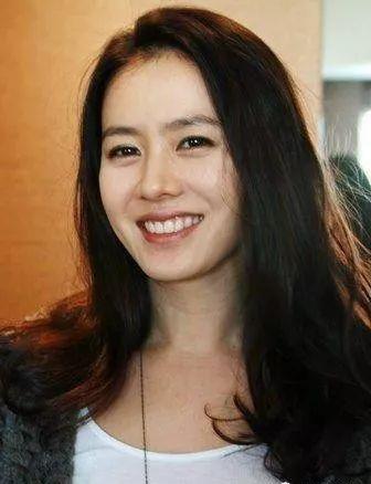 韩国美女明星排行榜 这7位美女确实养眼-第7张图片-爱薇女性网