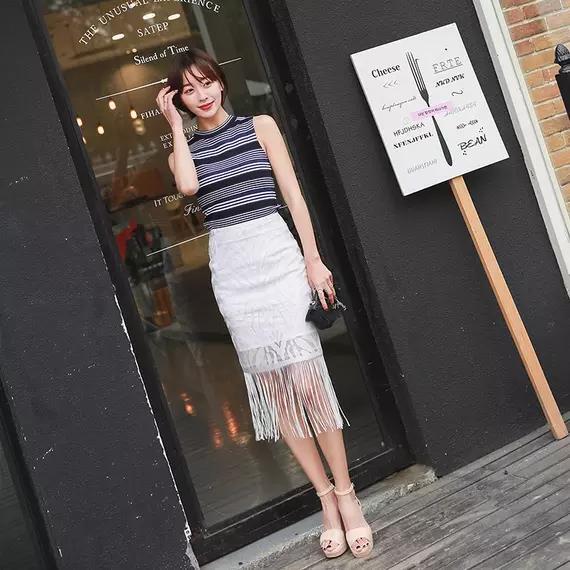 成熟又干练的6套一步裙搭配 让你轻松展现女性的身材和魅力-第1张图片-爱薇女性网