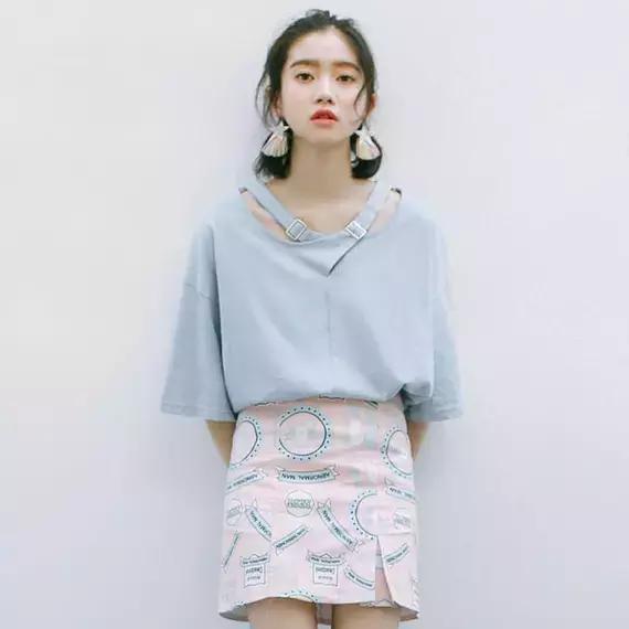 成熟又干练的6套一步裙搭配 让你轻松展现女性的身材和魅力-第6张图片-爱薇女性网