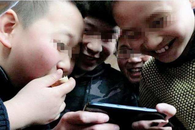 """孩子若偷看""""不良网站"""",手机往往留下3种痕迹-第2张图片-爱薇女性网"""