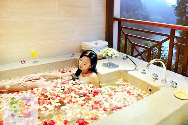女人洗澡时到底是什么样子,你真的知道吗?-第1张图片-爱薇女性网