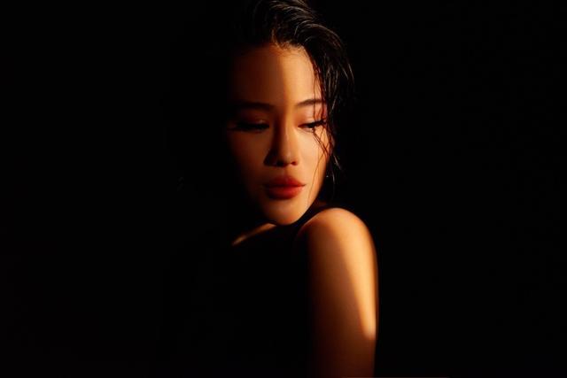 袁娅维剖心演绎《说散就散》,唱出了属于每个人的故事-第2张图片-爱薇女性网