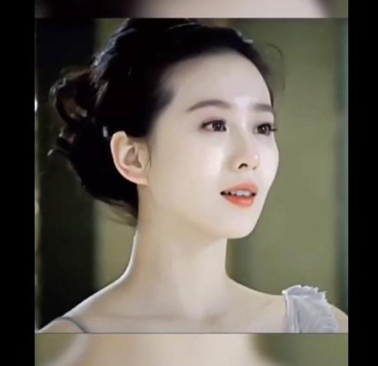 刘诗诗黑长直 第一次见到如此惊艳的刘诗诗-第3张图片-爱薇女性网