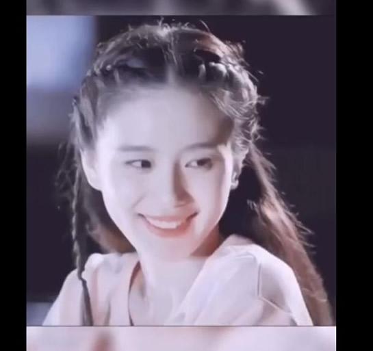 刘诗诗黑长直 第一次见到如此惊艳的刘诗诗-第4张图片-爱薇女性网
