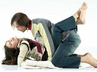 夫妻生活姿势体位:姿势技巧让男女舒服且爽到爆-第1张图片-爱薇女性网