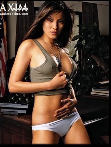 十大女星不穿内衣喷血凸点照谁最诱人?(图)-第7张图片-爱薇女性网