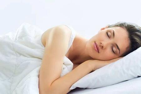 女性裸睡好吗?女性经常裸睡的5个好处-第1张图片-爱薇女性网