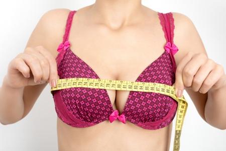按摩丰胸有科学依据吗?女人乳房太小记住这三点-第1张图片-爱薇女性网