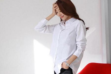 宽松长衬衣怎么搭配,这3款穿衣搭配散发与众不同的个人魅力-第2张图片-爱薇女性网