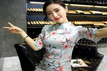 旗袍适合什么人群穿,三个特征穿旗袍美得优雅有气质