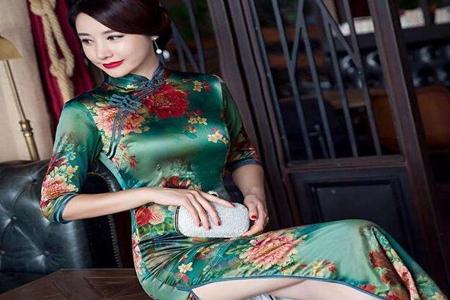 旗袍适合什么人群穿,三个特征穿旗袍美得优雅有气质-第2张图片-爱薇女性网