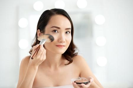 日常的正确化妆顺序先做日常,日常化妆的五个正确步骤-第2张图片-爱薇女性网