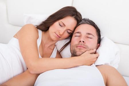 夫妻生活后不能做哪些事情,夫妻生活后男人做这三件事很伤身体-第2张图片-爱薇女性网