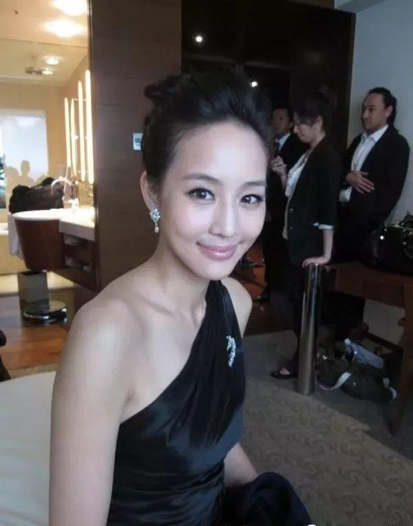 娱乐圈中公认长得漂亮却无绯闻的5大女星-第1张图片-爱薇女性网