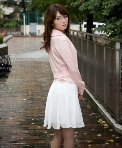 身材好有看点的10位日本av女优精选:完美身材女优排行榜-第3张图片-爱薇女性网