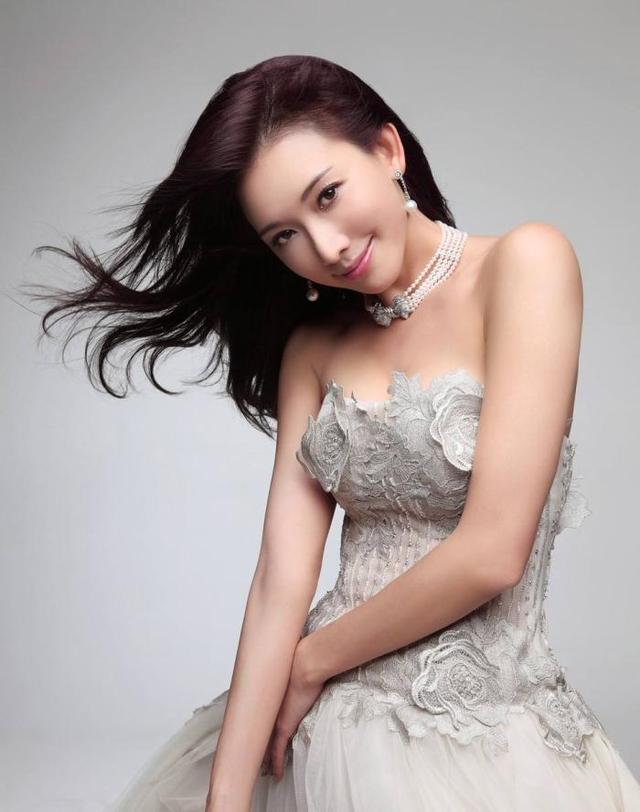 哪些女明星越老越有魅力?-第2张图片-爱薇女性网