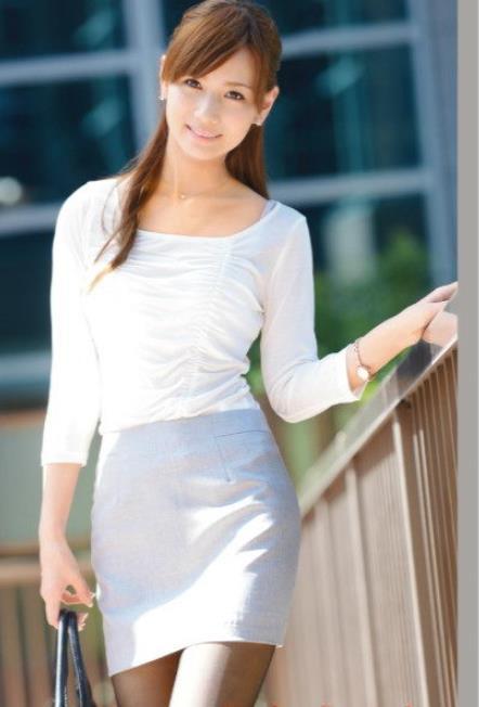 2020日本女优排行榜:10大漂亮女优资料简介及照片-第3张图片-爱薇女性网