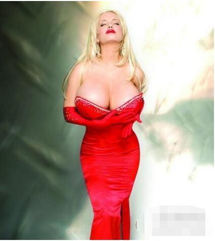 世界胸部最大女人排行榜:盘点8个胸围逆天的女人-第5张图片-爱薇女性网