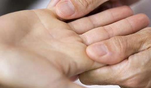 9种手纹的女人命好-第3张图片-爱薇女性网