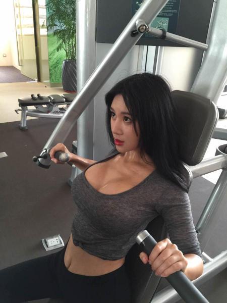 盘点中国十大乳神排行榜,注意不要流鼻血-第1张图片-爱薇女性网