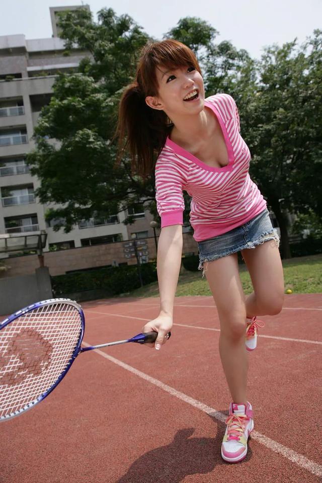 盘点中国十大乳神排行榜,注意不要流鼻血-第5张图片-爱薇女性网