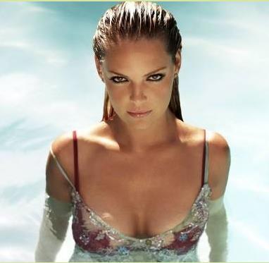 胸部最美的女人:世界最美胸部排行榜-第2张图片-爱薇女性网