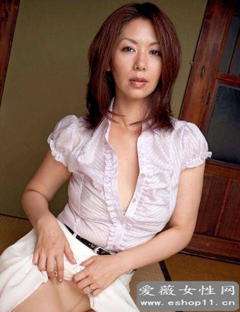 日本第一熟女女王翔田千里的经典作品推荐-第2张图片-爱薇女性网