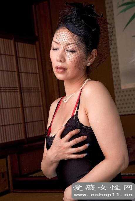日本第一熟女女王翔田千里的经典作品推荐-第3张图片-爱薇女性网
