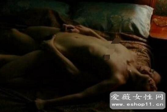梁朝伟汤唯色戒假戏真做,三点全露上演大尺度激情戏-第3张图片-爱薇女性网