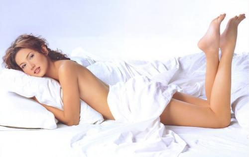 女人裸睡有哪些好处?裸睡需要注意些什么-第5张图片-爱薇女性网
