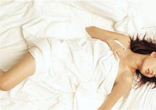 女人裸睡有哪些好处?裸睡需要注意些什么-第4张图片-爱薇女性网
