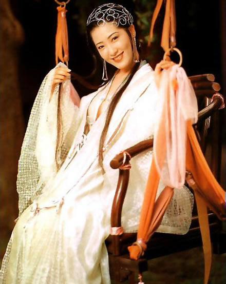 亚洲第一美胸杨思敏(神乃麻美),看一眼就足以让人难忘-第4张图片-爱薇女性网