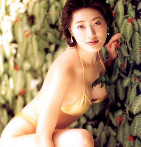 亚洲第一美胸杨思敏(神乃麻美),看一眼就足以让人难忘-第6张图片-爱薇女性网