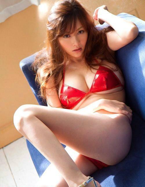 真人23式(动)床上姿势图解:揭秘男女最爱的性爱姿势-第2张图片-爱薇女性网