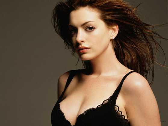 女人丰胸秘籍!强效按摩法帮你打造诱人美胸-第4张图片-爱薇女性网