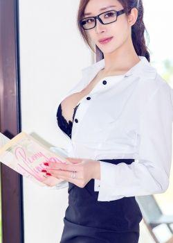 我和性感老师的往事:和寂寞女老师的嘿咻时光