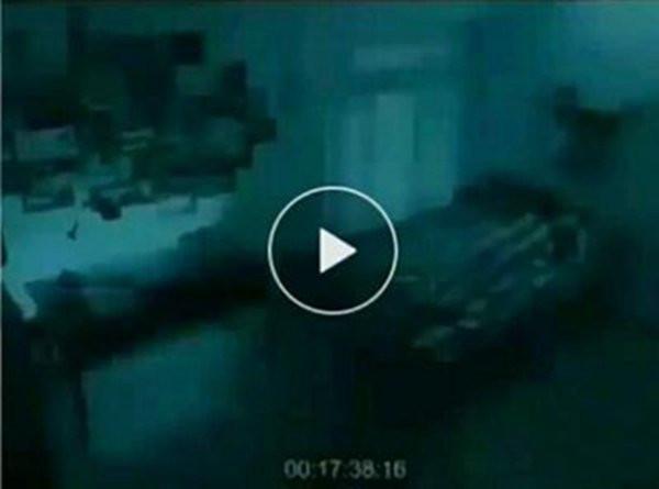 霍金斯的死亡过程:霍金死前30秒视频被公开-第2张图片-爱薇女性网