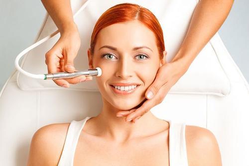 女性护肤小窍门你掌握多少?淡妆牛奶肌就是这样养出来的-第3张图片-爱薇女性网