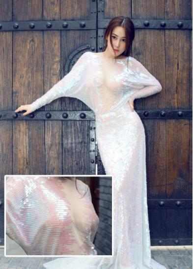 透视装诱惑图片:10大女星透视装亮相不惧走光-第2张图片-爱薇女性网