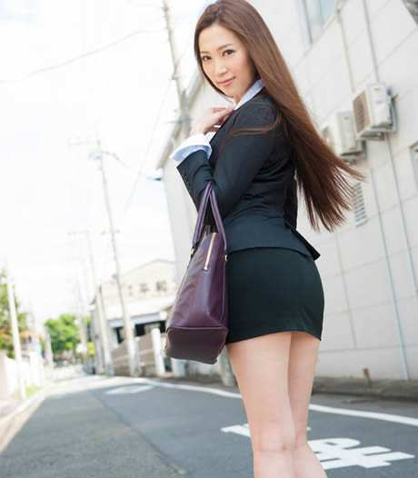 日本巨乳女优排行榜,个个身材火爆场面令人把持不住-第9张图片-爱薇女性网