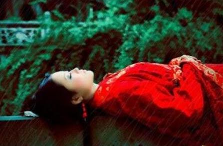 恐怖歌曲红嫁衣:揭秘红嫁衣背后的故事-第2张图片-爱薇女性网