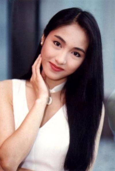 巅峰时期的香港十大女星:个个神仙颜值美到窒息-第1张图片-爱薇女性网