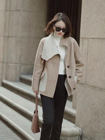 35+女人初春气质穿搭,雅致与时尚并重,穿出强大气场