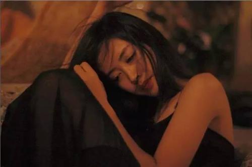 女人的第一次 女生分享第一次的感觉过程-第3张图片-爱薇女性网