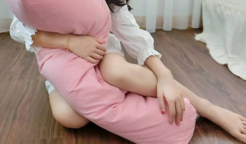 女生为什么喜欢夹腿?女生夹腿会有什么危害-第2张图片-爱薇女性网
