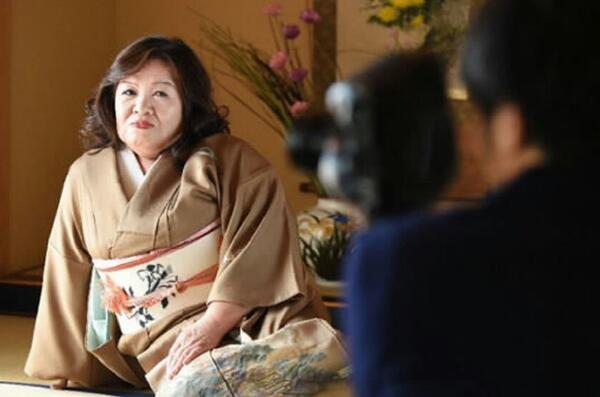 日本最老女优帝冢真织,71岁高龄出道拍片10年隐退-第1张图片-爱薇女性网