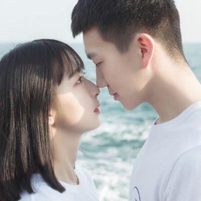 接吻时男生的手在干嘛,通过男生手放的部位看他的态度