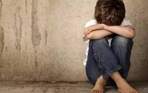 """孩子的四种个人行为,可能是内心""""缺爱""""的主要表现,家长们要留意了-第2张图片-爱薇女性网"""