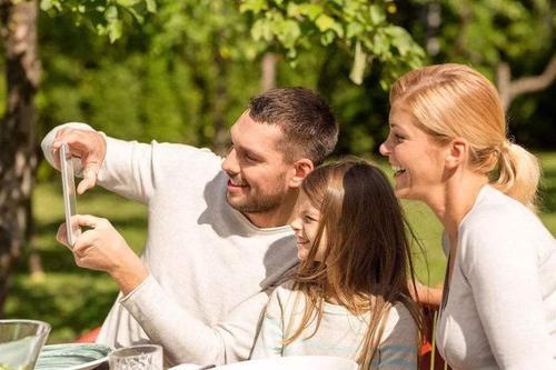 """孩子的四种个人行为,可能是内心""""缺爱""""的主要表现,家长们要留意了-第3张图片-爱薇女性网"""