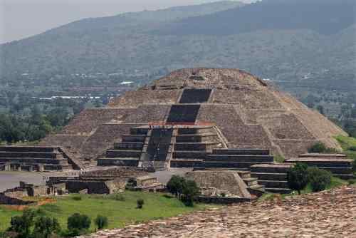 金字塔十大未解之谜,探秘金字塔中隐藏的神奇奥秘-第3张图片-爱薇女性网